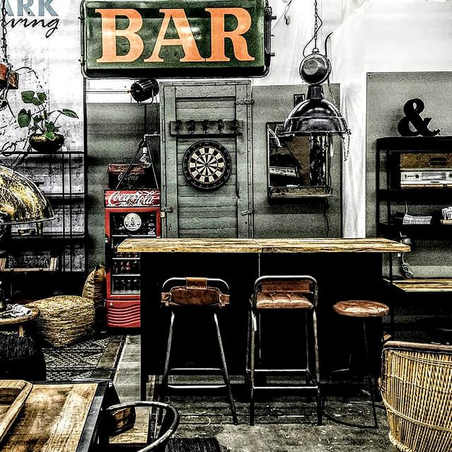 BARS & BAR FURNITURE