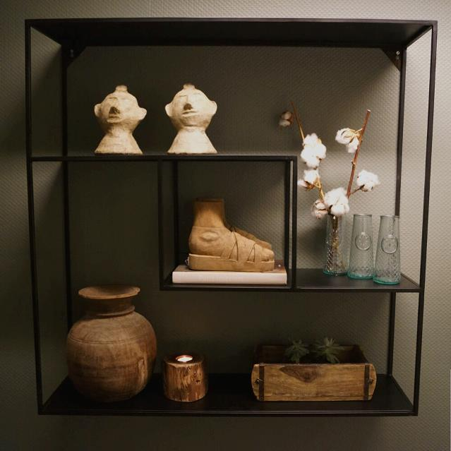 WALL RACKS & SHELVES